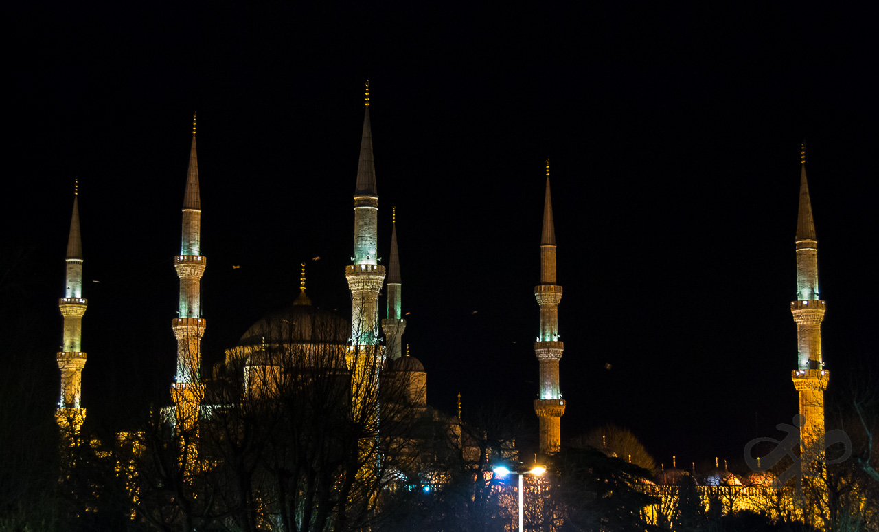 Night minarets