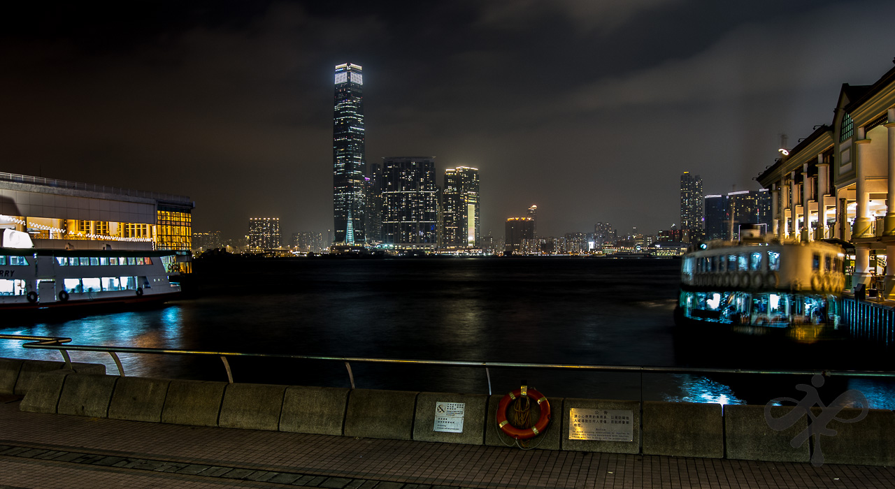 Night Hong Kong Pier
